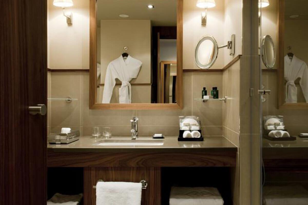 Mobilier h tel des meubles tendance et design avec for Accessoire anglais pour chambre